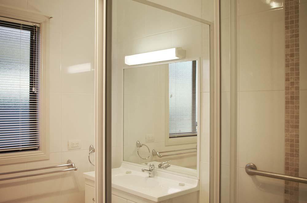 Retirement Village Halliday Shores Bathroom Villa 30