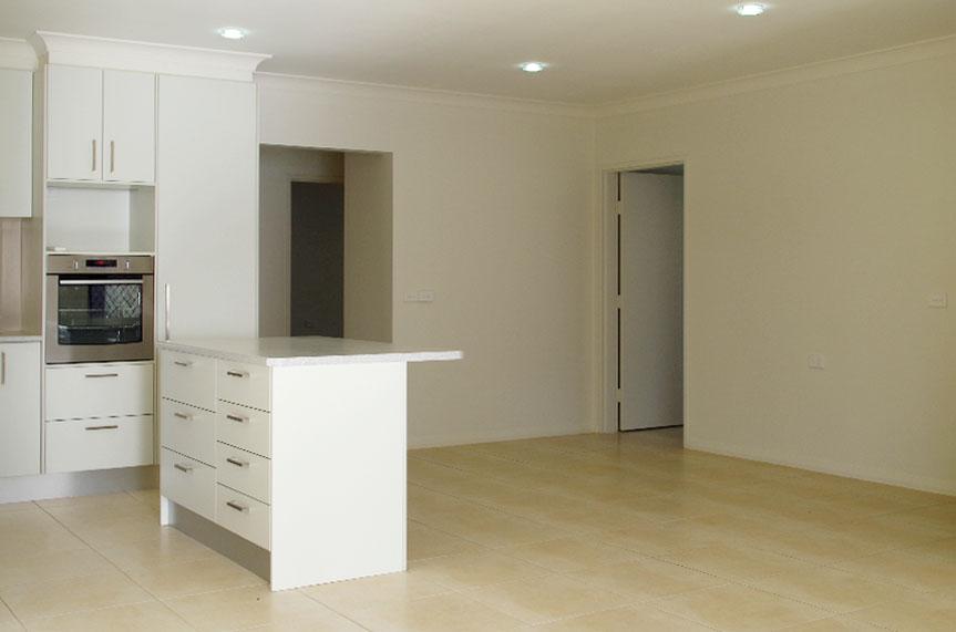 Villa64_kitchen2_halliday