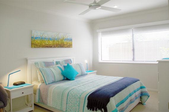 v126_Bedroom 2 hallidays
